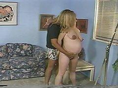 Grūtniecība - kliedziens blondīne džezs